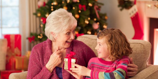 Cosa regalare alla propria nonna, zia o mamma per Natale